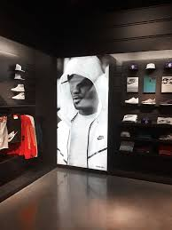 nike stores prove backlit fabric is the new duratrans
