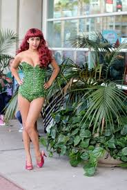 Poison Ivy Halloween Costume Ideas 531 Cosplay Images Comic Photo Galleries