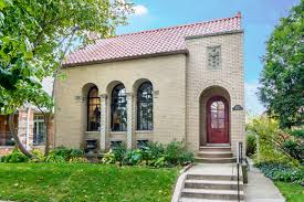 italian villa style homes for sale in chicago curbed chicago