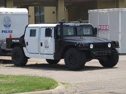 lamborghini humvee who wants to challenge dubai u0027s lamborghini police cruiser to a
