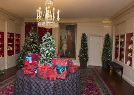 The White China Barn See How The White House Decorates For The Holidays The Atlantic