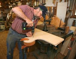 carving a volute thisiscarpentry
