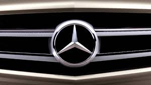 logo mercedes benz 3d daimler launching 255 million fix for dirty diesels in europe