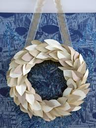 how to make a paper leaf wreath hgtv crafternoon hgtv