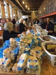 thanksgiving baskets light of rescue mission