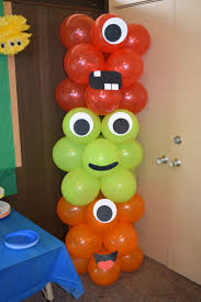 Balloon Decoration For Birthday At Home by Best 25 Balloon Tower Ideas On Pinterest Balloon Columns