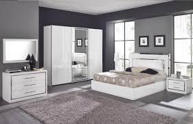 meuble chambre blanc laqué chambre design des chambres a coucher chambre adulte complete pas