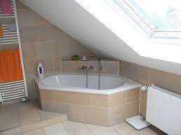 badezimmer mit dachschräge peuten bäder