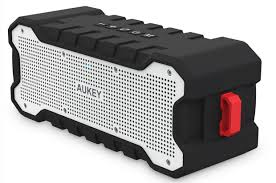 aukey sk m12 outdoor bluetooth speaker review surprisingly