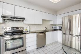 Kitchen Cabinets Burnaby Burnaby Condos For Sale 700 000 800 000