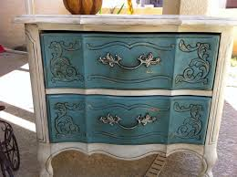 Shabby Chic Blue Paint by 79 Best Decor Ideas Images On Pinterest Chalk Painting