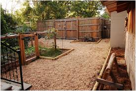 backyards landscaping backyard ideas inexpensive landscaping