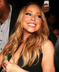 mariah carey suffers embarrassing nip slip in cleavage baring mini