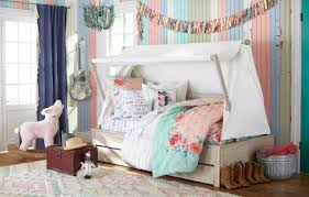 Pottery Barn Twin Bed Pottery Barn Kids Launches Exclusive Collection With Texas Sisters