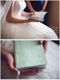 wedding gift stores near me on our wedding day my groom gave me an engraved bible with my