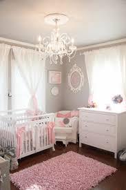 chambre enfant fille décoration pour la chambre de bébé fille chambres de bébé fille