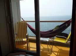h ngematte auf balkon hangematte balkon befestigen hauptdesign
