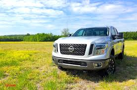 titan nissan 2016 2016 nissan titan xd 5 6l gas v8 more payload less towing lower