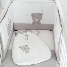 ensemble chambre bébé pas cher parure de lit bebe pas cher avec sup rieur housse de couette grande