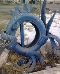 How To Use Old Tires For Decorating 23 Creative Ways To Reuse Old Tires As A Garden Decoration
