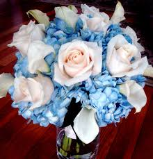 wedding flowers blue and white nature offers us a wide variety of blossoms and colors of the