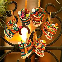 unicef market ornaments and décor from peru