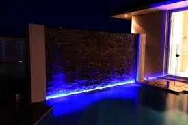 illuminazione a pavimento strisce led per illuminare lade illuminare con le strisce led