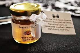 honey jar wedding favors unique wedding favors features oanow