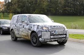 discovery land rover 2017 2017 land rover discovery 5 shows up for its first spy shots ever