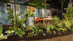 Simple Backyard Landscape Design Triyae Com U003d Easy Backyard Landscaping Projects Various Design
