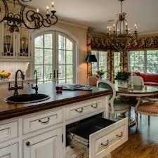 quelle couleur de peinture pour une cuisine couleur pour cuisine ancienne repeindre une cuisine aménagée