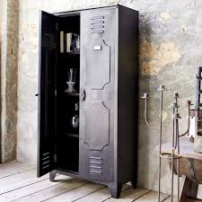Salon Style Industriel by Armoire En Metal Industriel Meuble Style Factory Tikamoon Blog