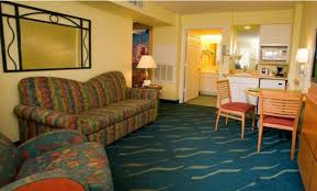 Two Bedroom Hotels Orlando Family Friendly Orlando Hotels That Sleep 5 Or More Big Family