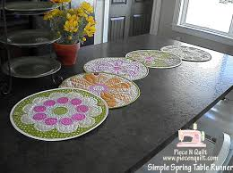 table runner or placemats simple spring table runner or place mats moda bake shop