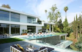 Home Design Stores In Los Angeles by Holiday Home Shopping Tips From The Stars Of U201cmillion Dollar