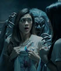 halloween horror nights movie universal studios singapore halloween horror nights 7 unshackles