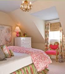 chambre stylé ado design interieur chambre combles fille ado style vintage vert
