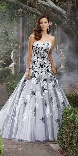 different wedding dresses best 25 colored wedding gowns ideas on blush wedding