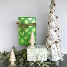 macrame tabletop christmas tree tinselbox