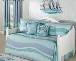 Design For Daybed Comforter Ideas 48 Best Daybed Bedding Images On Pinterest Daybed Bedding 3 4