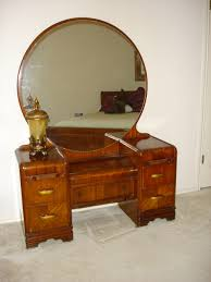 Antique Vanities For Bedrooms My Dream Is To Have And Have Room For An Art Deco Waterfall