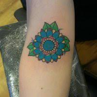 bee tattoo by rodjaasexface on deviantart