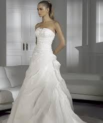 wedding dresses 2009 pronovias 2009 preview collection the fashionbrides