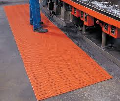 Rubber Kitchen Flooring by Versa Runner Mats Are Rubber Kitchen Mats By American Floor Mats