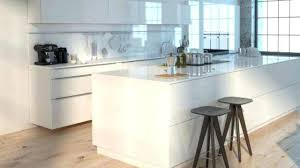 revetement mural cuisine inox revetement mural cuisine carrelage blanc pour idees de deco best of