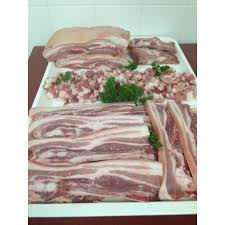 cuisine du cochon cochon entier cuisiné 60kg ets rambeau la boucherie de l éleveur