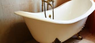 How To Remove Soap Scum From Bathtub How To Properly Clean A Clawfoot Tub Doityourself Com