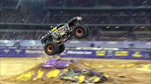 2015 monster jam trucks monster jam coming to mohegan sun arena wnep com
