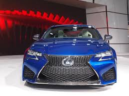 lexus gs grill lexus says opinion splitting spindle grille is here to stay