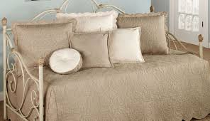 Comforters In Canada Daybed Daybed Bedding Sets For Girls Beautiful Daybed Covers
